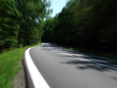 La nouvelle loi relative à l'amélioration de la sécurité routière est sortie: plus de temps pour punir avec des sanctions plus lourdes! par Hanae BELGUENANI et Xavier VAN DER SMISSEN