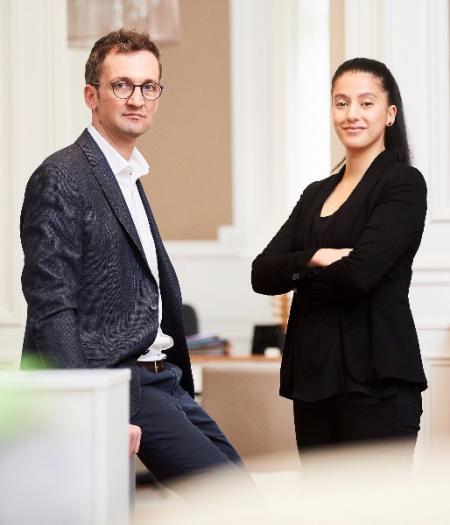 Le recours à un avocat pour garantir le droit d'être jugé en français devant les juridictions flamandes. Xavier VAN DER SMISSEN et Hanae BELGUENANI.